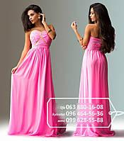 Длинное платье из легкого шифона для летних праздников, с минималистичной юбкой, но ярким декором в верхней части - шифон присобран и украшен