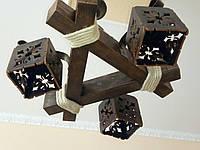 Люстра потолочная из натурального дерева с лляным канатом на 3 плафона