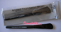 Кисть Malva Cosmetics - Angled Foundation Brush №05 M-309