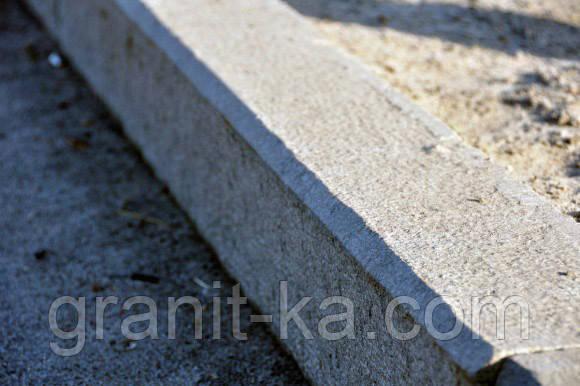 Установка бордюрів з граніту