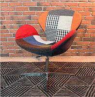 Кресло дизайнерское Сван patchwork, с газовым лифтом, Swan дизайн Арне Якобсена