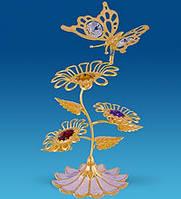 """Позолоченная фигурка """"Бабочка на трех цветках"""" с кристаллами Сваровски"""