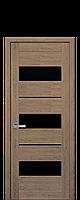 Межкомнатные двери Лилу с чёрным стеклом Дуб Медовый