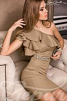 Женское коктейльное платье на одно плечо декорированное крупными стразами на поясе дайвинг, фото 1