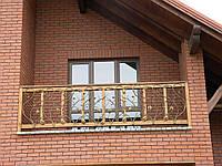 Кований балкон з деревом