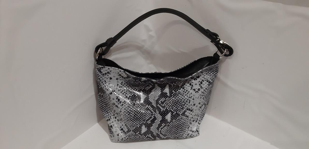 f608ef6afdae Женская кожаная сумка на длинном ремешке через плече на два отделения на  молнии
