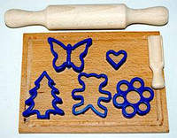 """Набір """"Маленький кондитер"""" 8пр( качалка+дощечка+совок для муки+5 форм для печива) *"""