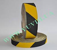Сигнальная лента черно-желтая 25мм. Антискользящая