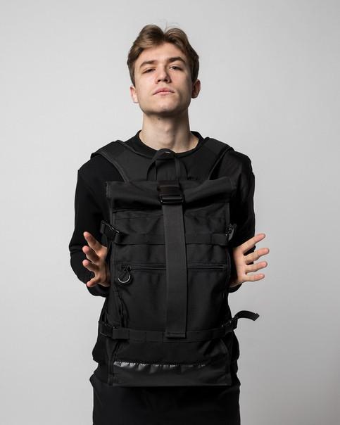 Рюкзак роллтоп колір чорний модель Akuma (Акума) від бренду ТУР