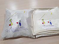 Подушка  Любовь рисунок в подарок, 35х35см