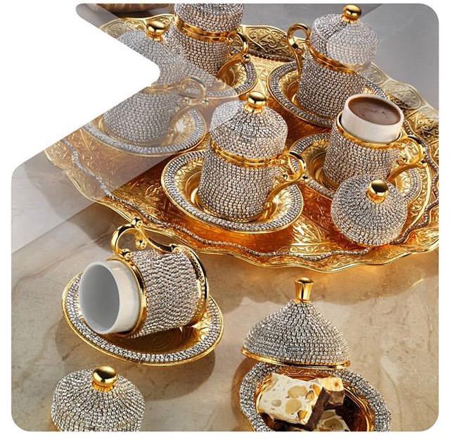 Набор чашек для кофе в стразах Золотой на 6 персон