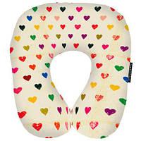 «Сердца» - яркая дорожная подушка для путешествий с любовью.