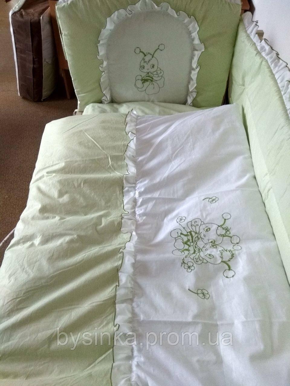 """Детское постельное белье в кроватку """"Вышивка Пчелка"""""""