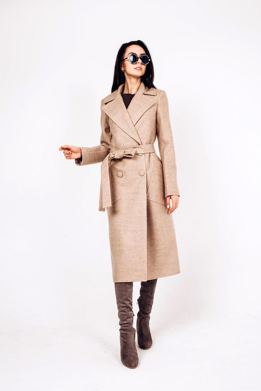 Демисезонное пальто из бежевой шерсти Д 271