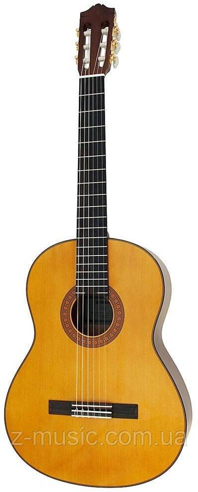 Гитара классическая Yamaha C70 + аксессуары