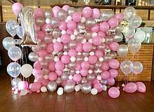 Фотозона у рожевих тонах 2,25*2