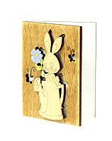 """Открытка к 8 марта """"Зайчик с цветком"""", деревянные открытки на 8 марта 10х7,5 см."""