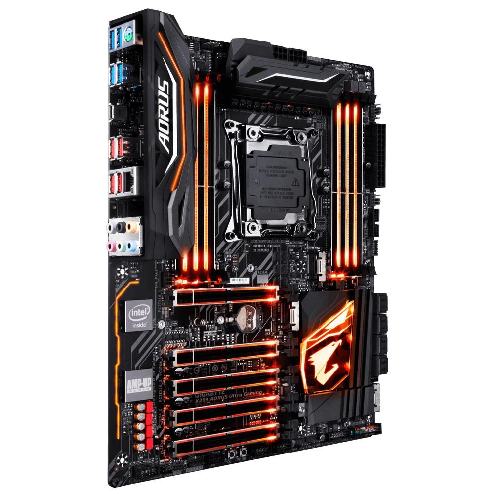 "Материнская плата GIGABYTE X299 AORUS Ultra Gaming s2066 DDR4 ""Over-Stock"" Б/У"