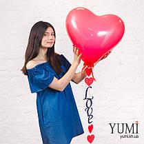 Воздушный шар с гелием в форме сердца с гирляндой, фото 3
