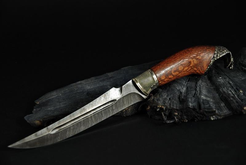 """Охотничий нож ручной работы """"Кобра"""", дамасск"""