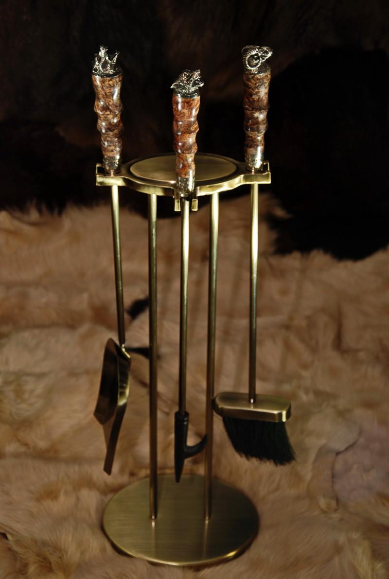 "Авторский набор для камина ""Охота-2"", из капа клёна"