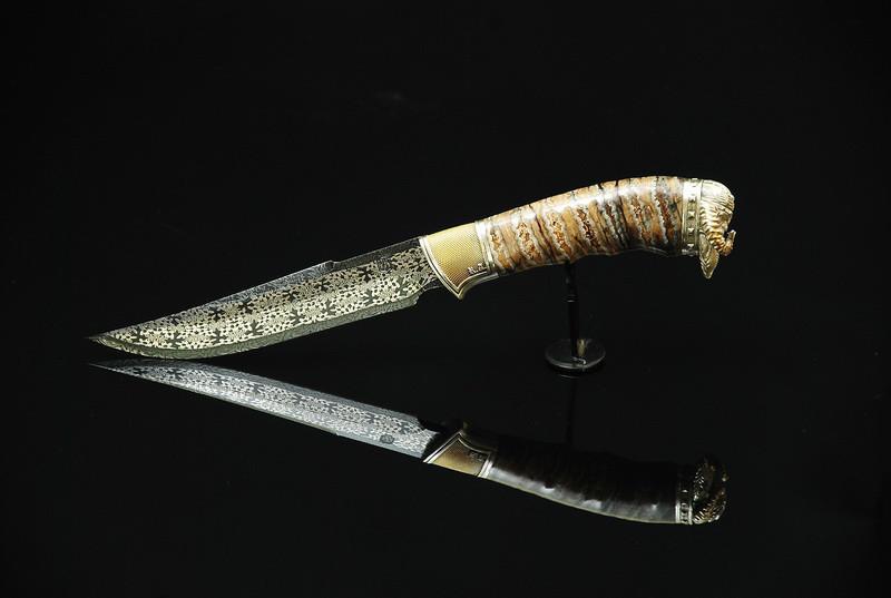 """Авторський колекційний ніж з мозаїчного дамаска з зубом мамонта """"Viking"""""""