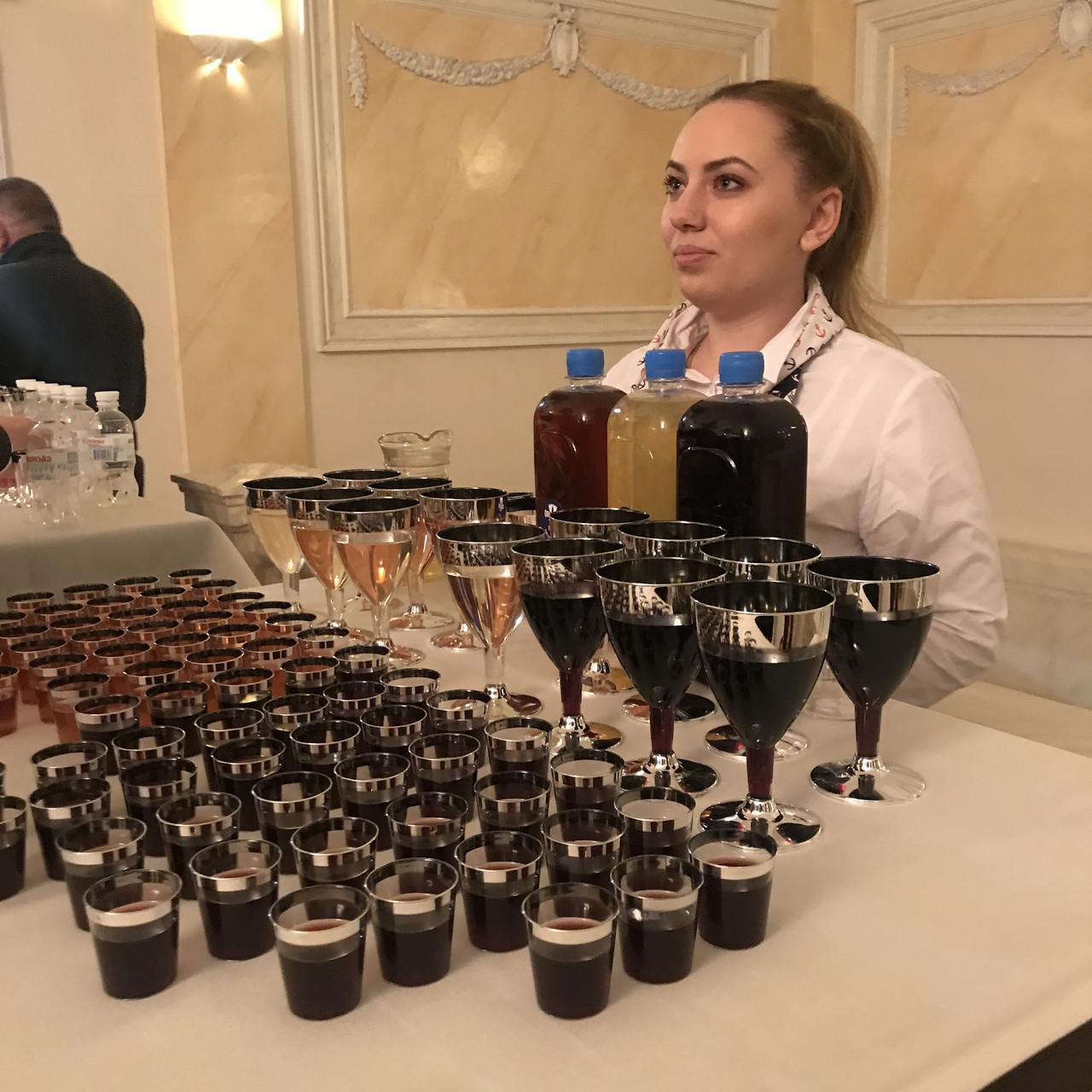 Одноразовые бокалы винные, не гнутся  для презентаций, вечеринки.Полная сервировка стола.  CFP 6 шт 130 мл