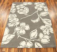 Бежевый ковер с цветочным рисунком на пол в дом, фото 1