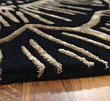 Купити чорний килим з золотим малюнком, фото 3