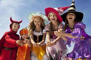 Новогодние, карнавальные костюмы для взрослых и детей