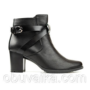 Ботинки из матовой кожи 39 размер женские Woman's heel черные на устойчивом каблуке