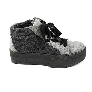 Ботинки женские маломерные 37-40 Woman's heel из войлока серого цвета на шнуровке