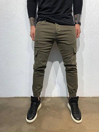 3c4c5073 Джинсы мужские Black Island цвета хаки с накладными карманами и манжетами  топ-реплика, фото