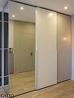Трехдверный шкаф-купе, фото 1