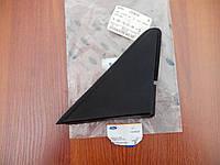 Накладка уголок на крыле правый форд фиеста 5