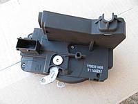 Б/у Механический замок правой передней двери renault trafic opel vivaro 7700311808 nissan primastar 91166241