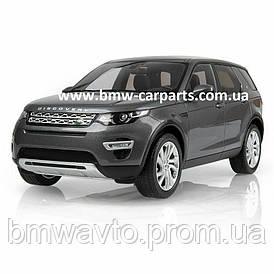 Модель автомобиля Land Rover Discovery Sport, Scale 1:18