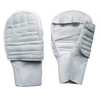 Перчатки карате