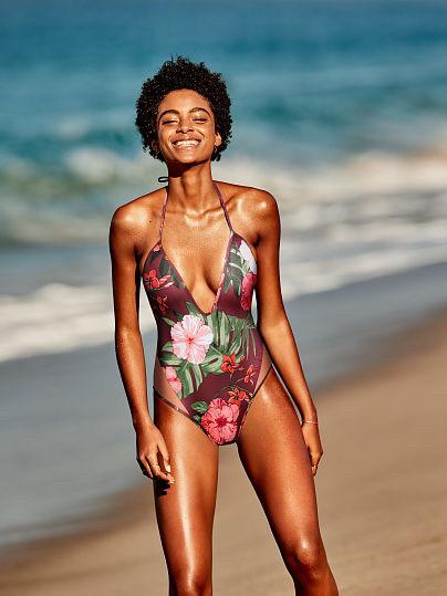 Сдельный купальник Victoria's Secret 566