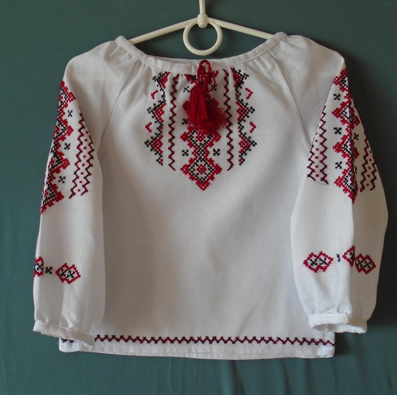 22673febd40278 Вишиванка для дівчинки від 2-3 років на білому домотканому полотні ...