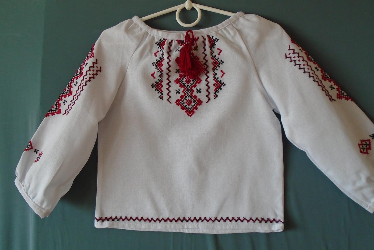c1041b9af59718 ... Вишиванка для дівчинки від 2-3 років на білому домотканому полотні,  фото 3 ...