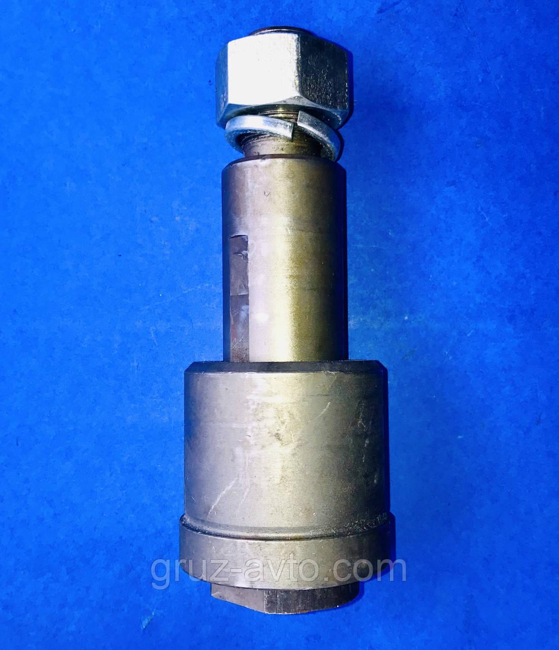 Палець дишла причепа Камаз в зборі з гайкою і втулкою L-170 мм