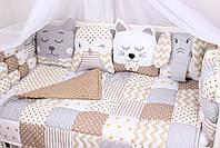 Бортики бомбон и игрушки в кроватку в бежевых цветах , фото 3
