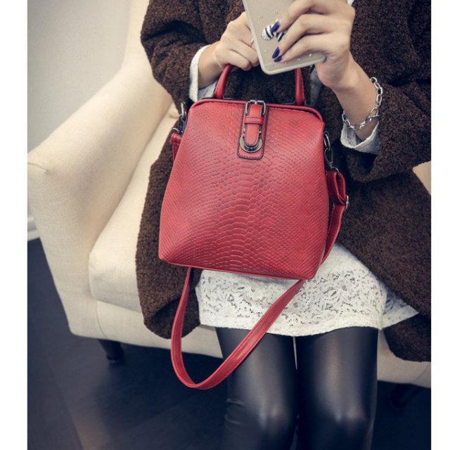ab169de15c57 Сумка-рюкзак женская. Купить в интернет-магазине Mak-Shop - 905240807