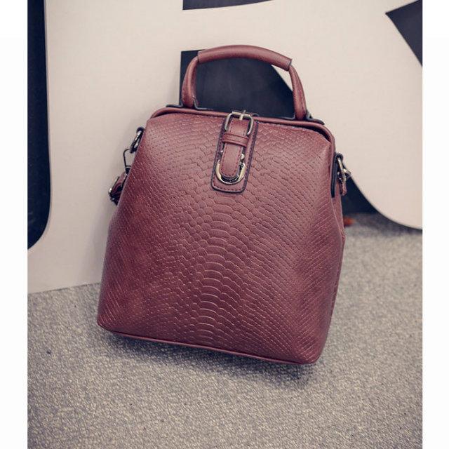 Сумка-рюкзак бордовая