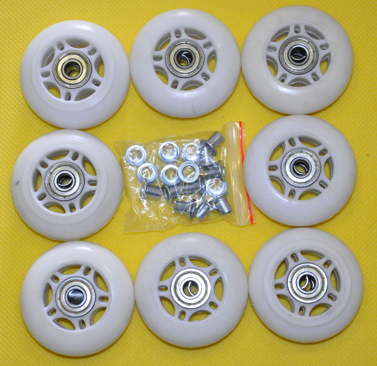 Колеса для роликових ковзанів діаметром 64 мм.