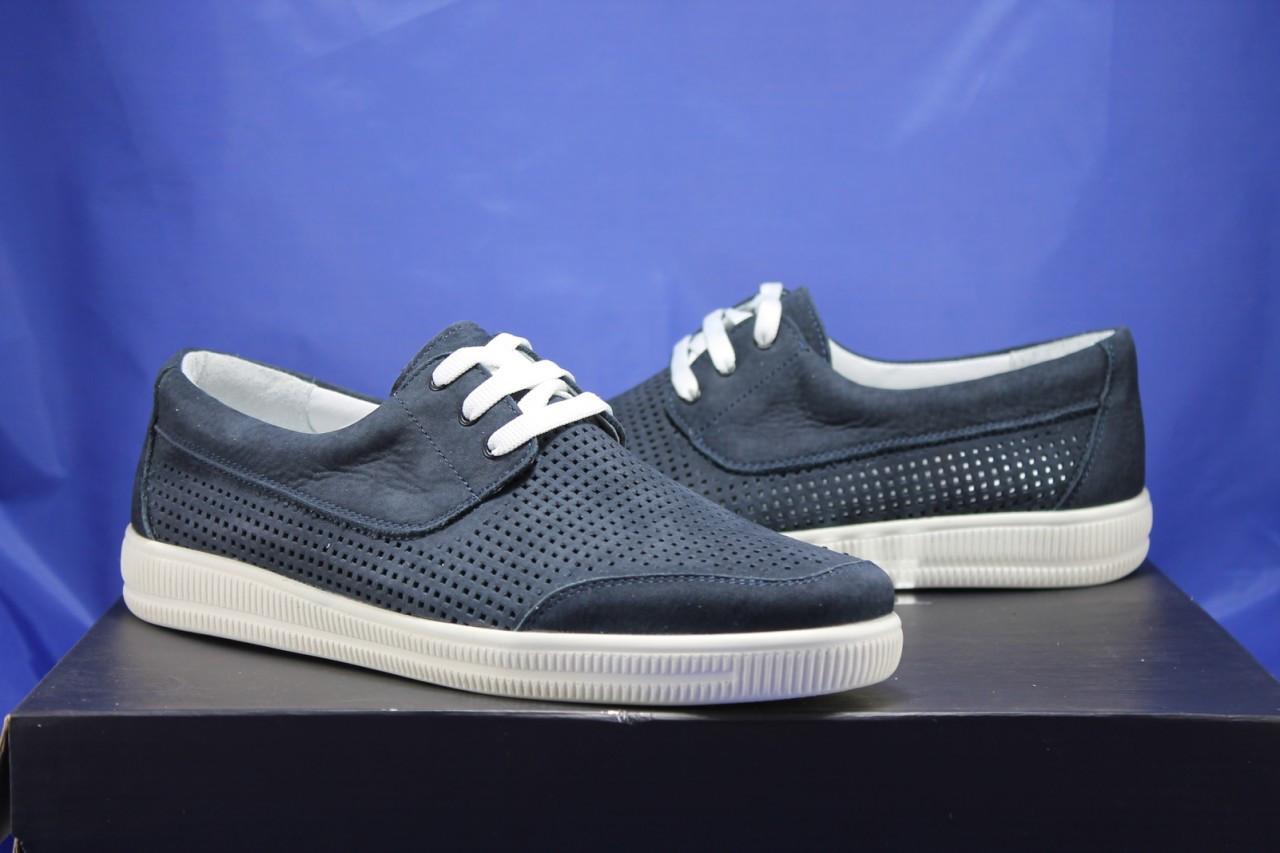 Мужские криперы, мокасины на шнурках натуральный нубук синие на белой подошве перфорацией Vlad XL