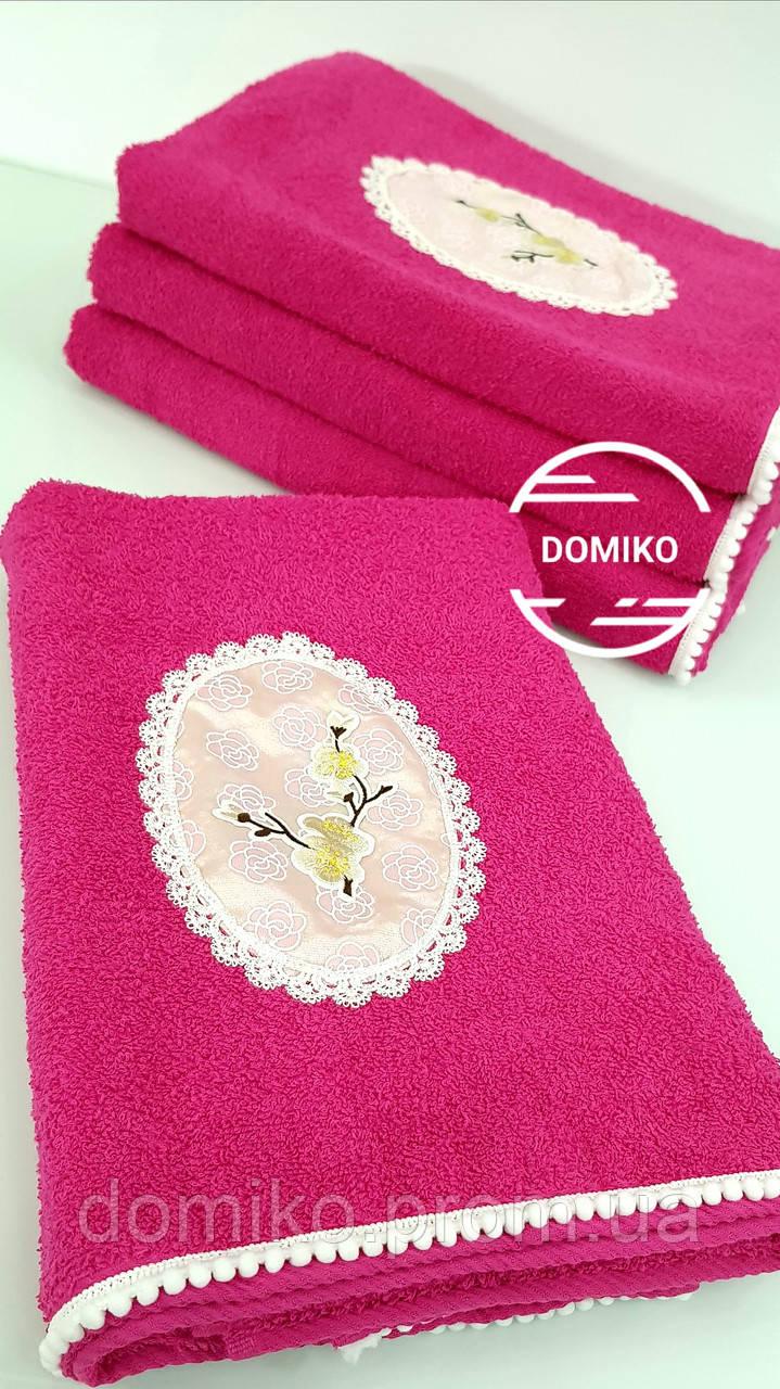 Махровое полотенце 70*140 Сакура-помпон розовое Domiko