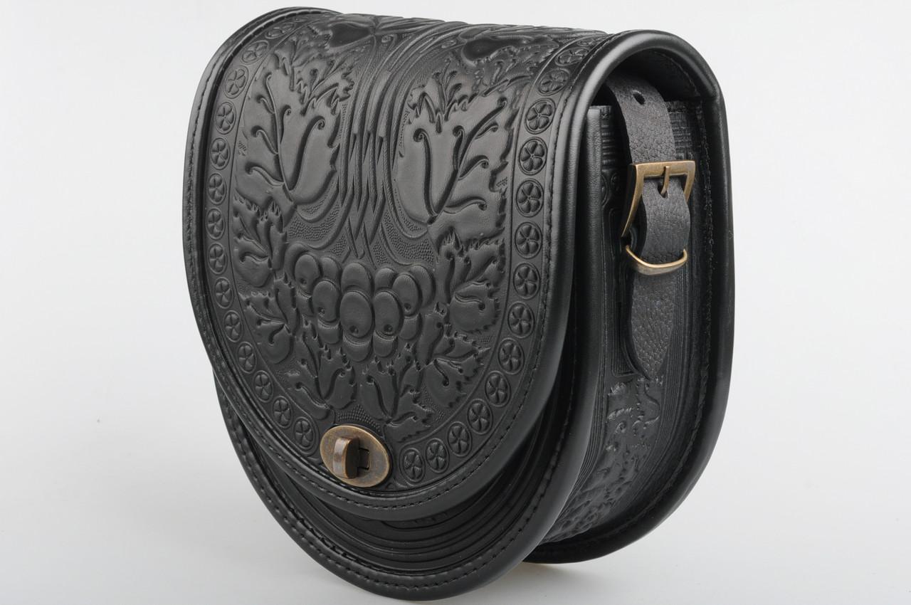 bafa575b23ae Женская черная кожаная сумка ручной работы полукруглая - HandWork Studio -  Интернет магазин карпатских изделий в