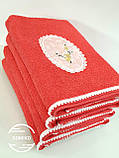 Махровое полотенце 50*90 Сакура с помпонами коралловое Domiko, фото 3